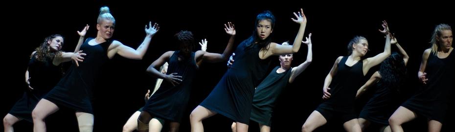 Tanztheater der Sticky Trace Company